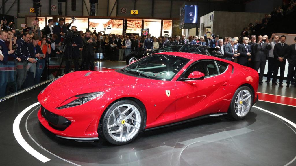 Voiture Ferrari 812 Superfast 2