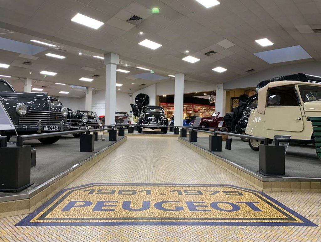 Musée de l'Aventure Peugeot - divers modèles de la marque
