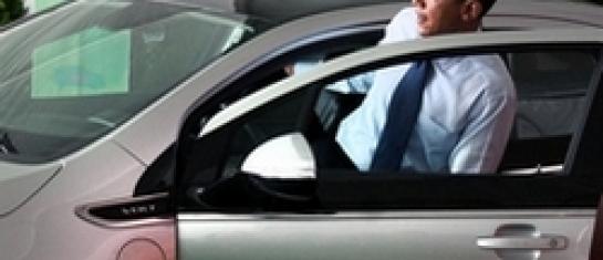 Obama essai la Chevrolet VOlt