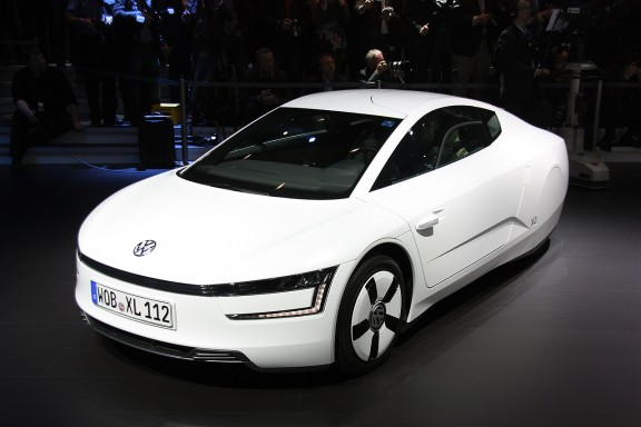 Volkswagen XL1, le biplace hybride à Genève