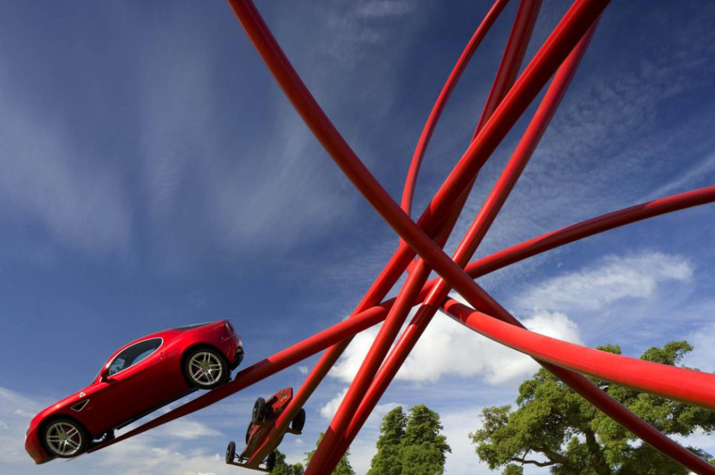 Alfa Romeo 2010, sculpture Gerry Judah pour le Goodwood Festival of Speed