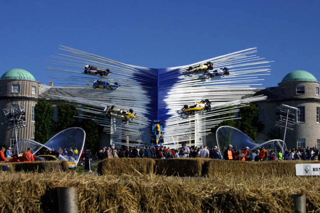 Renault 2002, sculpture Gerry Judah pour le Goodwood Festival of Speed
