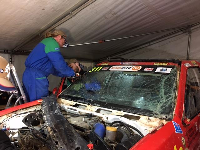 Pare-brise cassé Nissan Pathfinder