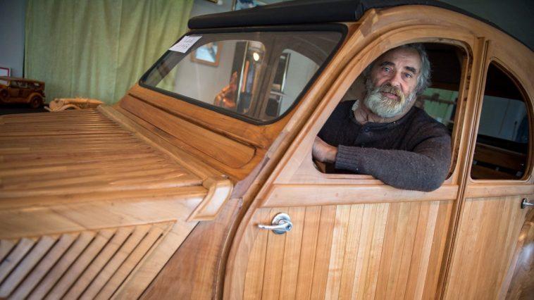voiture 2 CV en bois