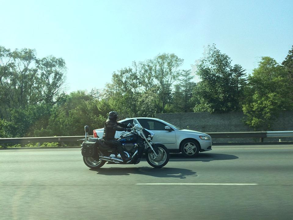 moto-autoroute-vpnautos
