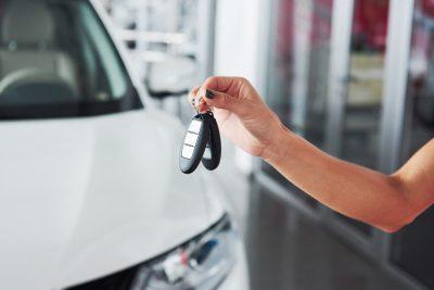 Peut-on acheter sa voiture en point de vente pendant le confinement ?