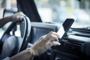 5 applications gratuites pour éviter les contrôles sur la route