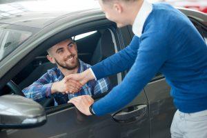 Image illustrant le concept de la vente de voiture à un particulier